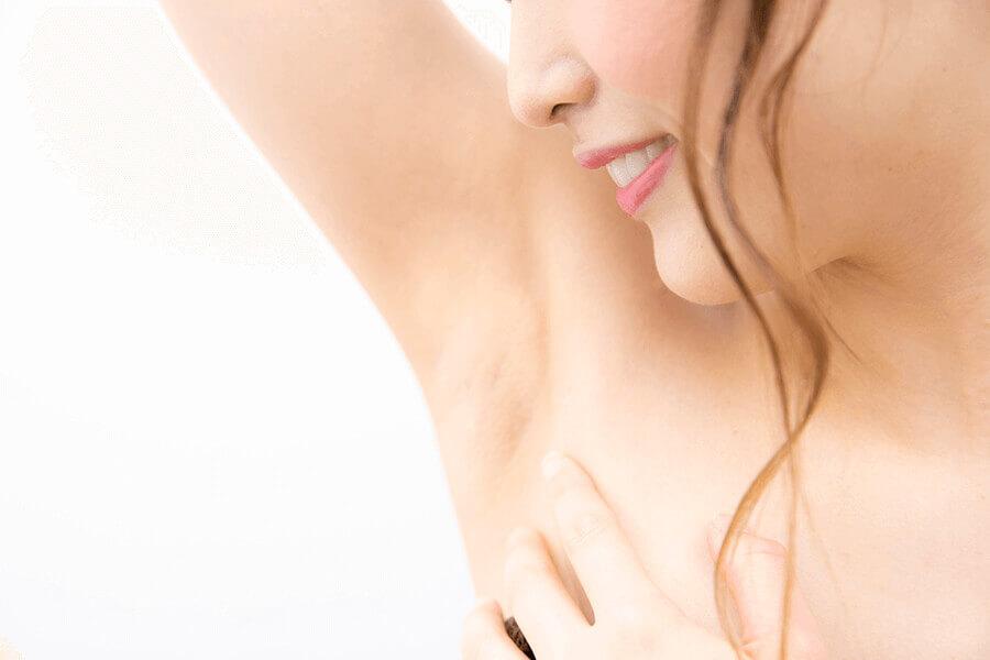 脱毛すると毛穴も消える?医療脱毛とツルツル肌の意外な関係性について